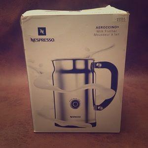 NWT Nespresso Aeroccino milk frother